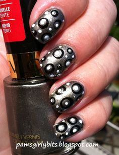Girly Bits: The evolution of nail art