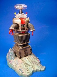 """Polar Lights' """"The Robot"""" from """"Lost in Space"""".(Done by Russ Hooten)"""