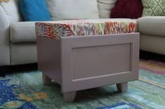 How to Build an Old Drawer to A Storage Ottoman Hi, I'm Amber Oliver! I hope if you enjoy this project you'll check out my other upcycling projects!DIY furniture i Drawers On Wheels, Old Drawers, Set Of Drawers, Small Space Storage, Storage Spaces, Hidden Storage, Dresser Drawer Shelves, Sewing Machine Drawers, Wall Storage