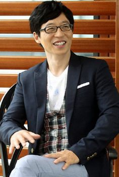 semi-casual attire Jae Seok, Yoo Jae Suk, Running Man Korea, Semi Casual, Casual Attire, The Man, Rocks, How To Wear, Casual Clothes