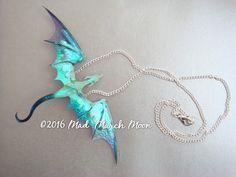 Dragon-Collier handgefertigt blau lila irisierenden mit