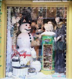 Brown Thomas Christmas 2016 Season Window Display – Design Retail Space Christmas Window Display, Window Display Design, Retail Space, Christmas 2016, Windows, Seasons, Dublin, Brown, Children