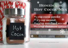 Hot Chocolate Mix With Homemade Marshmallows | The Mommypotamus |