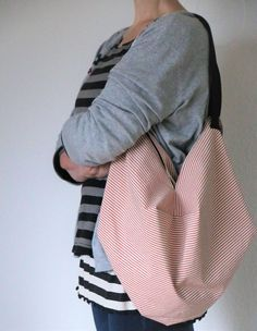 Japanische Tasche nähen Japanese Bag, Bag Making, Bucket Bag, Diy And Crafts, Boho, Sewing, Origami, Diy Bags, Hooks