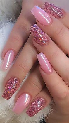 Nail Design Glitter, Pink Nail Designs, Glitter Nail Art, Nail Polish Designs, Acrylic Nails Almond Glitter, Dope Nail Designs, Accent Nail Designs, Latest Nail Designs, French Tip Nail Designs