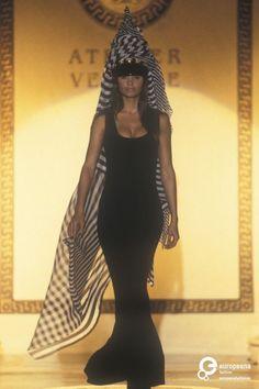 Atelier Versace Spring Summer 1993 - January 1993 - Paris Fashion Week - Helena Christensen