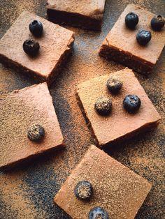 Raw Almondbutter Brownies