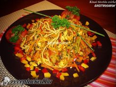 Chinese Food, Japchae, Curry, Ethnic Recipes, Curries, Chinese Cuisine, China Food
