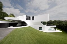 Attitudinal Design Similarities with www.mo-ventus.com House by FIXd Architecture/Design, Boston