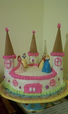 An amazing cake for a princess birthday!