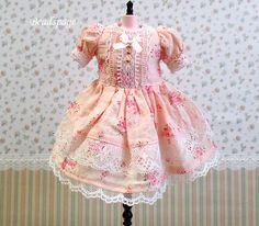Hey, I found this really awesome Etsy listing at https://www.etsy.com/listing/117120450/blythe-dress-fashion-outfit-clothing