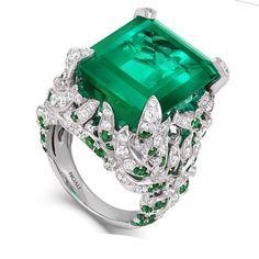TIVON ~ Emerald Diamond Ring