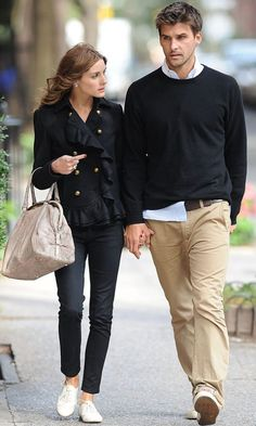 Olivia Palermo With Model Boyfriend Johannes Huebl In The West Village In New York, 2009 Olivia Palermo Outfit, Olivia Palermo Stil, Olivia Palermo Wedding, New York Fashion, Mens Fashion, London Fashion, Stylish Couple, Fashion Couple, Couple Outfits