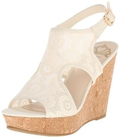 91a5985e9 These cream-colored fabric sandals are perfect for any social event this  season, like
