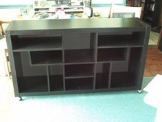 Jim recently completed an entertainment unit with an Asian bend. Nice.