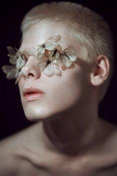 crisalidi - #crisalidi Human Reference, Art Reference Poses, Photo Reference, Modelo Albino, Fotografie Portraits, Kreative Portraits, Photographie Portrait Inspiration, Drawing People, Oeuvre D'art