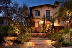 AMS Landscape Design Studios mediterranean landscape and tuscan home exterior Spanish House Design, Red Brick Exteriors, House Exteriors, Tuscan House, Tuscan Garden, Tuscan Decorating, Decorating Ideas, Luz Led, Tuscan Style