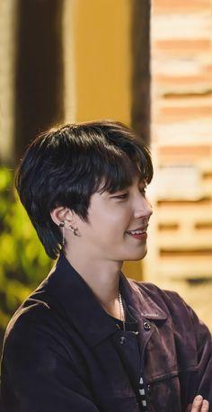 Korean Male Actors, Handsome Korean Actors, Korean Celebrities, Cute Ducklings, Korean Drama Best, Bright Pictures, Kdrama Actors, Cha Eun Woo, Foto Jungkook