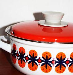 70's Cooking Pot - wonderful vintage Design