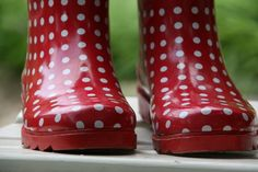 even more cute boots! Red Polka-Dot Wellies - oh how I wish I had red ones instead of black polka-dots :) Cheap Rain Boots, Simply Red, Cute Boots, Ruby Red, Red Shoes, My Favorite Color, Gingham, Red And White, Polka Dots