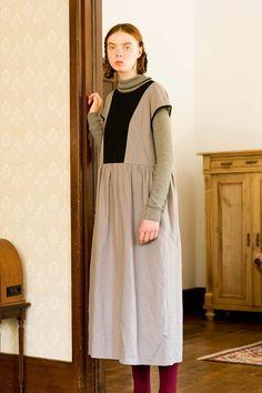 麻混素材にリボン。大好きをぎゅっと。|配色切り替えの麻混ロングワンピース Syrup, Midi Skirt, Skirts, Shopping, Fashion, Moda, Midi Skirts, Fashion Styles, Skirt