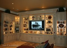 Charlotte Custom Cabinet And Furniture Maker: Skillfully fashioning one of a kind cabinets and custom pieces of furniture in Charlotte, NC