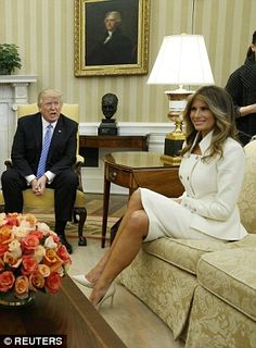 Melania is a vision in white at first official White House appearance #dailymail