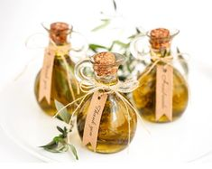 A Romantic Tuscany Wedding in a Century Villa - Green Wedding Shoes oil wedding favors Wedding Favors And Gifts, Diy Wedding Shoes, Bridal Shower Favors Diy, Creative Wedding Favors, Inexpensive Wedding Favors, Rustic Wedding Favors, Beach Wedding Favors, Bridal Shower Rustic, Green Wedding Shoes