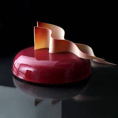 What happens when an architectural designer likes to bake? Dinara Kasko is what happens. The Ukranian pastry chef is the master of combining baking with Beautiful Cakes, Amazing Cakes, No Bake Desserts, Delicious Desserts, Baking Desserts, Bolo Ferrero Rocher, Super Cool Cakes, Decoration Patisserie, Mirror Glaze Cake
