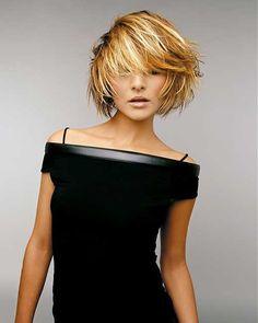 Alla scoperta di qualche pratico consiglio per poter pettinare nel migliore dei modi i propri capelli corti in vista dell'estate!