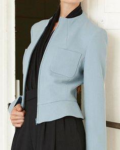 Lots of Jacket and vest sewing patterns for free. Spanish EL BAÚL DE LAS COSTURERAS: Patrón de Costura Gratis