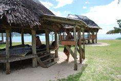 traditional Samoan fale