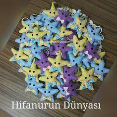 Keçe yıldız anahtarlıklar magnet olarakta hazırlanabilir. hifanurbebeksekeri.blogspot.com instagram.com/hifanurun_dunyasi facebook.com/hifanurundunyasi