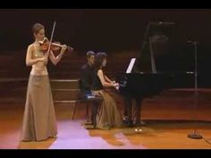 Hilary Hahn - Mozart - Violin Sonata No 18 in G major, K 301 Wolfgang Amadeus Mozart Violin Sonata No 18 in G major, K 301 1 Allegro con spirito 2 Allegro Hilary Hahn, violin Natalie Zhu, piano