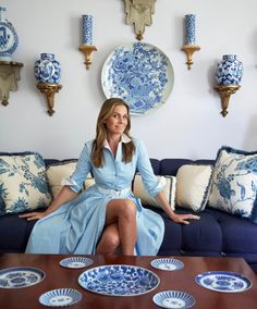 Lavender and blue one of my favorite combinations! #aerinlauder #hamptonsstyle #blueandwhitechina #classicnevergoesoutofstyle