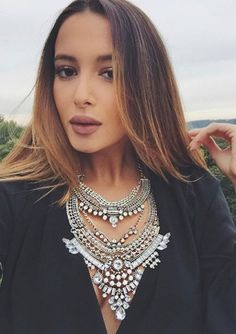 Glamorous Over The Top Statement Necklace #face #makeup #chic - 27,90 € @happinessboutique.com