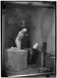 marydear: Constantin Brancusi - La Prière (1907)