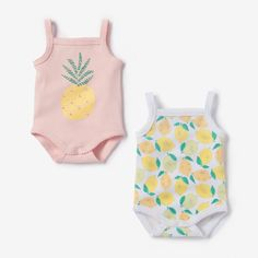 Pack of 2 printed cotton bodysuits with shoestring straps R Baby Newborn Girl Outfits, Baby Girl Newborn, Baby Boy, Baby Chloe, Baby Doll Accessories, Realistic Baby Dolls, Cute Baby Clothes, Baby Girl Fashion, Baby Outfits