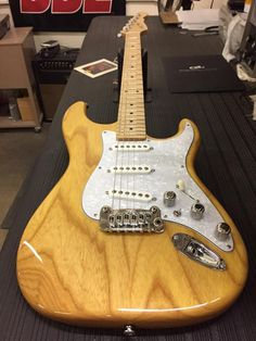 G&L Musical Instruments  S-500 in Lemondrop over swamp ash,