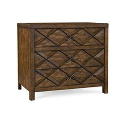 Combining elements of both classic and modern American design, the Cardiff 3 Drawer Chest will add an element of warmth to your living space or bedroom.