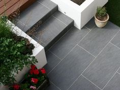 Slate Grey Patio with Block Paving and Steps with stairs to raised & decked hard standing. Garden Slabs, Garden Tiles, Patio Tiles, Garden Paving, Block Paving Driveway, Porch Tile, Paving Slabs, Patio Steps, Patio Diy
