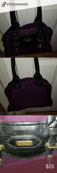 Women's Purse A beautiful deep purple Tommy Hilfiger purse in mint condition Tommy Hilfiger Bags Shoulder Bags
