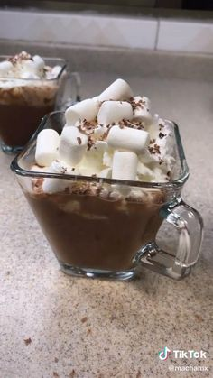 Hot Chocolate Gifts, Easy Chocolate Mousse, Mexican Hot Chocolate, Fall Recipes, Sweet Recipes, Coffee Smoothie Recipes, Easy Cheesecake Recipes, Aesthetic Food, Food Design