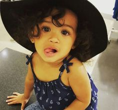 Royalty Brown Chris Brown daughter royalty beautiful little girl baby Brown