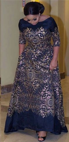 The Nigerian style icon rocked this stunning and classic outfit to One Room movie premiere last nigh African Fashion Ankara, Latest African Fashion Dresses, African Dresses For Women, African Print Fashion, African Attire, African Women, Women's Fashion Dresses, Woman Dresses, Nigerian Fashion