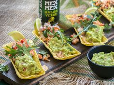 hyvä guacamole sopii erinomaisesti vaikkapa tacoille #poppamies #savustus #grillaus #maustaminen #ruoka #ruuanlaitto #mauste #mexmex #guacamole Guacamole, Salsa Verde, Mexican, Ethnic Recipes, Food, Essen, Meals, Yemek, Mexicans