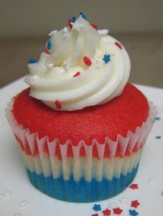 A star-spangled cupcake. Celebrate!