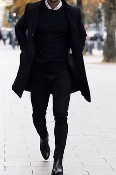 Winter Style - All black outfits for men Bad boy style All Black Outfits For Women, Black Outfit Men, All Black Fashion, Winter Outfits Men, Stylish Mens Outfits, Casual Outfits, Black White Outfits, Simple Outfits, Fall Outfits