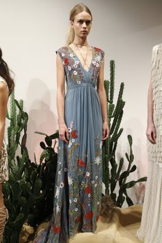 Beautiful aplique at Alice and Olivia Spring 2016 presentation