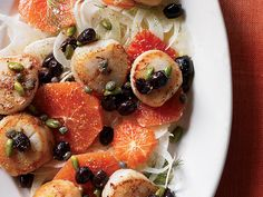 Scallops with Blood Orange, Fennel and Pistachios | This easy and delicious salad features seared sea scallops, briny green olives and fried capers. It's dressed with a fantastic blood orange vinaigrette.